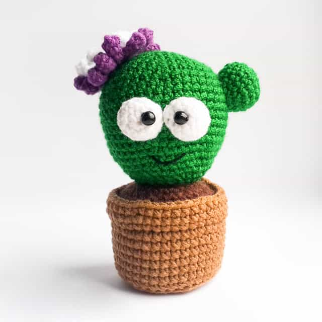 Amigurumi cactus pincushion pattern - Amigurumi Today