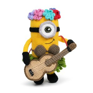 Free Amigurumi Hawaii Minion Crochet Pattern by Amigurumi Today