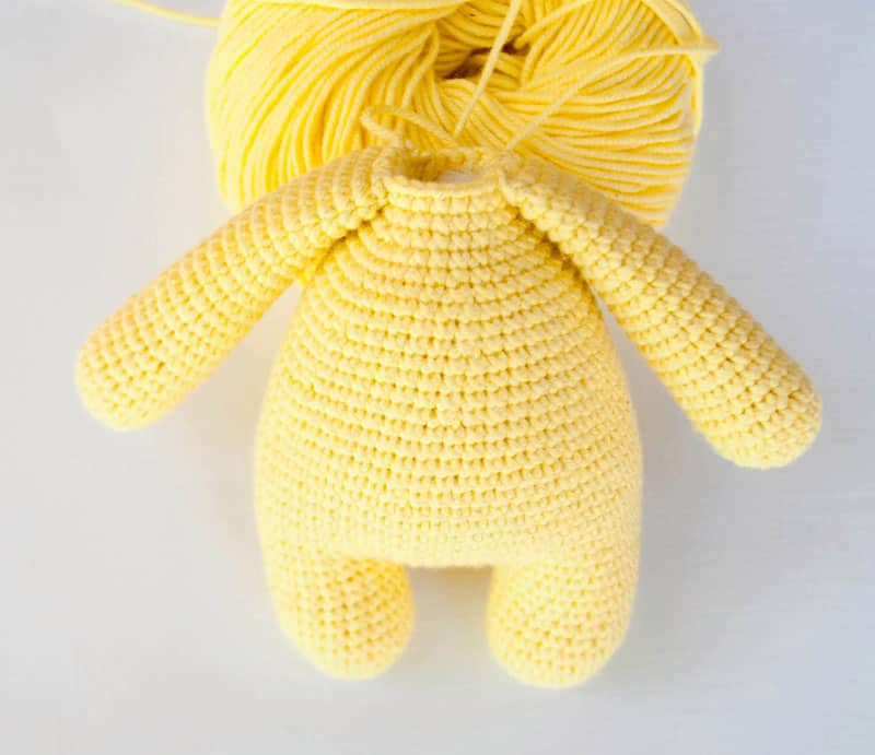 Amigurumi rabbit baby rattle crochet pattern