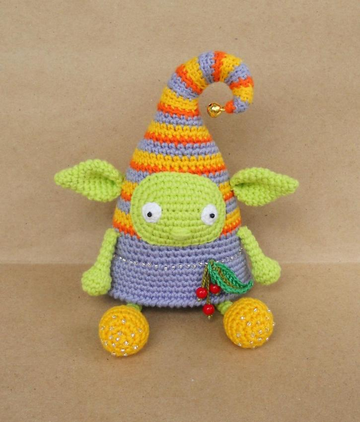 Crochet elf doll amigurumi pattern free