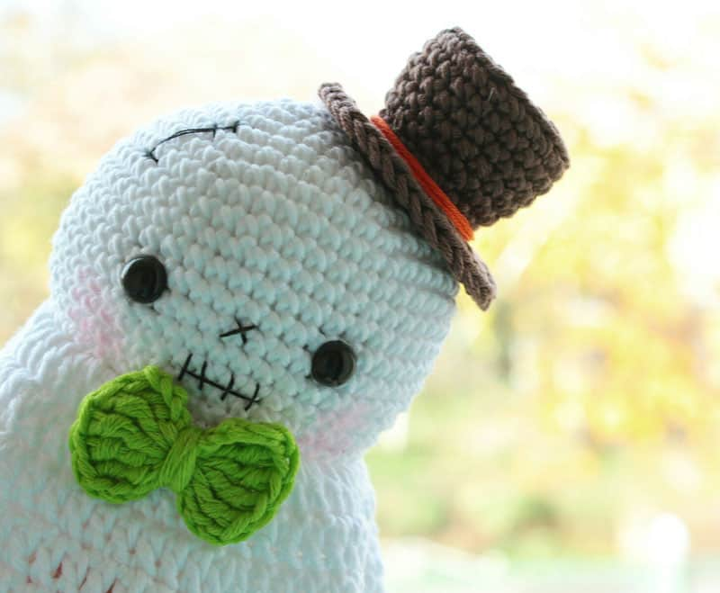 Halloween ghost crochet amigurumi pattern free