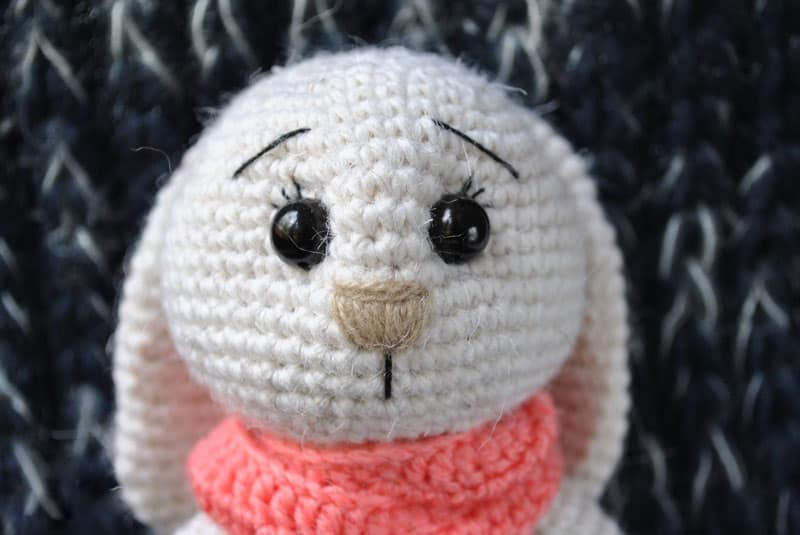 Crochet adorable bunny amigurumi pattern