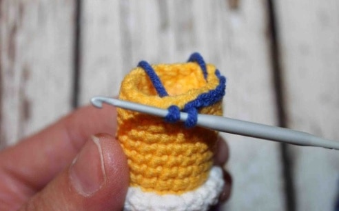 Naughty giraffe amigurumi pattern tutorial