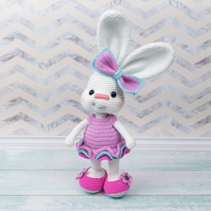 Amigurumi Pretty Bunny in Pink Dress - Free crochet pattern