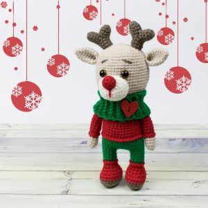 Amigurumi deer Rudolph - Free crochet pattern by Amigurumi Today