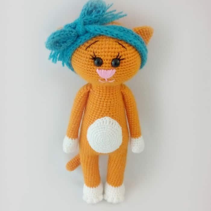 Free Little Kitty Cat Amigurumi Crochet Pattern And Tutorial : Free crochet cat pattern - Amigurumi Today