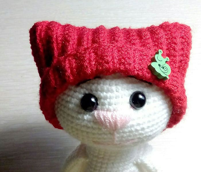 How to crochet hat for amigurumi toy