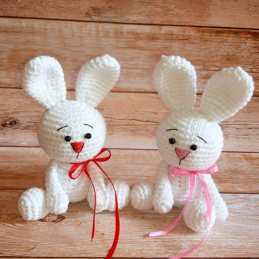White rabbit amigurumi pattern free