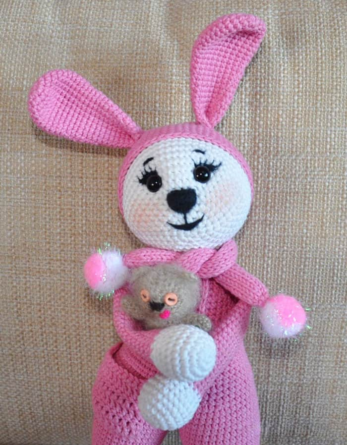 Amigurumi bunny in pajamas - crochet pattern