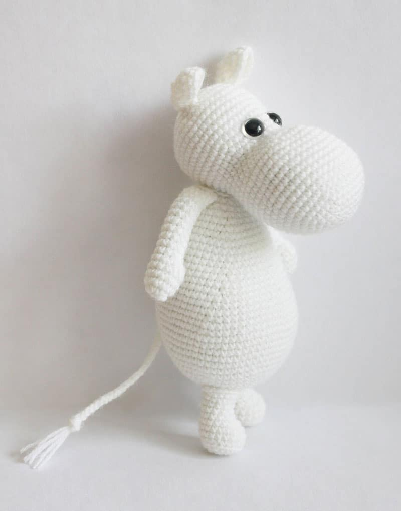 Moomintroll is a mass together with cartoon grapheme that was created past times Finnish illustrator together with wr Amigurumi Moomin crochet pattern