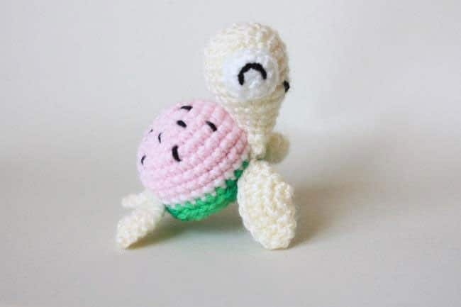 Crochet Turtle Pattern - YouTube | 433x650