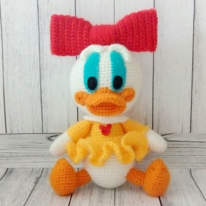 Free Crochet Disney Amigurumi Patterns : Webby duck free amigurumi pattern - Amigurumi Today