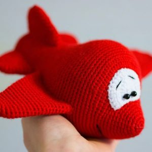Amigurumi cartoon airplane - free crochet pattern