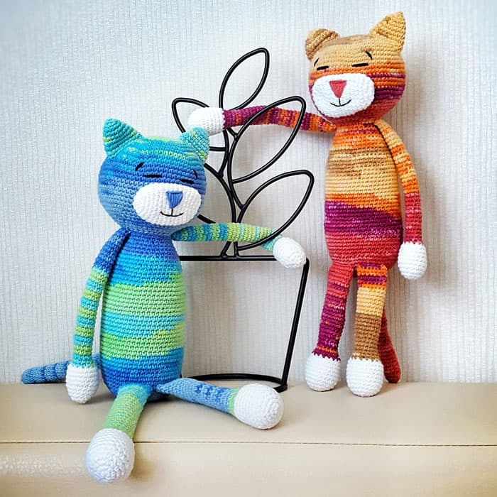 Large Am Cat - free amigurumi pattern