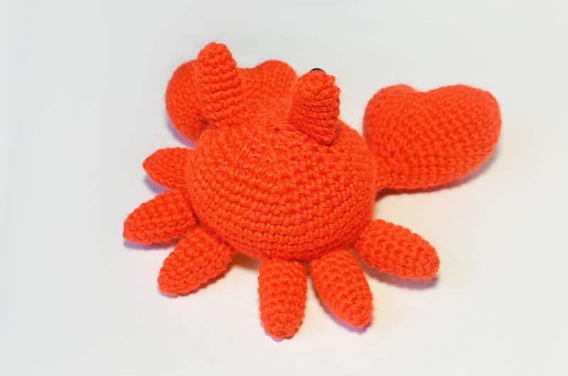 Free Mr. Crab amigurumi pattern