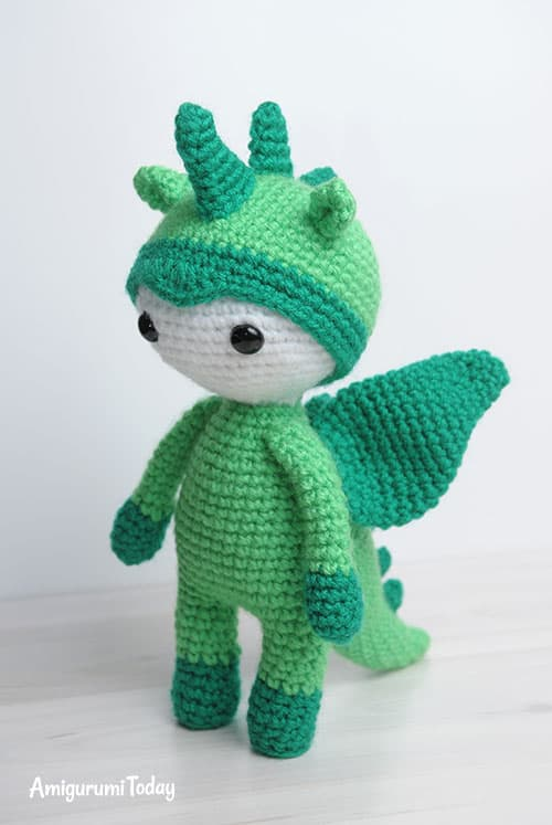 Amigurumi Minta : Amigurumi doll in dragon costume today