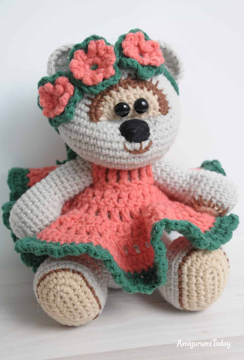Honey teddy bear girl amigurumi pattern