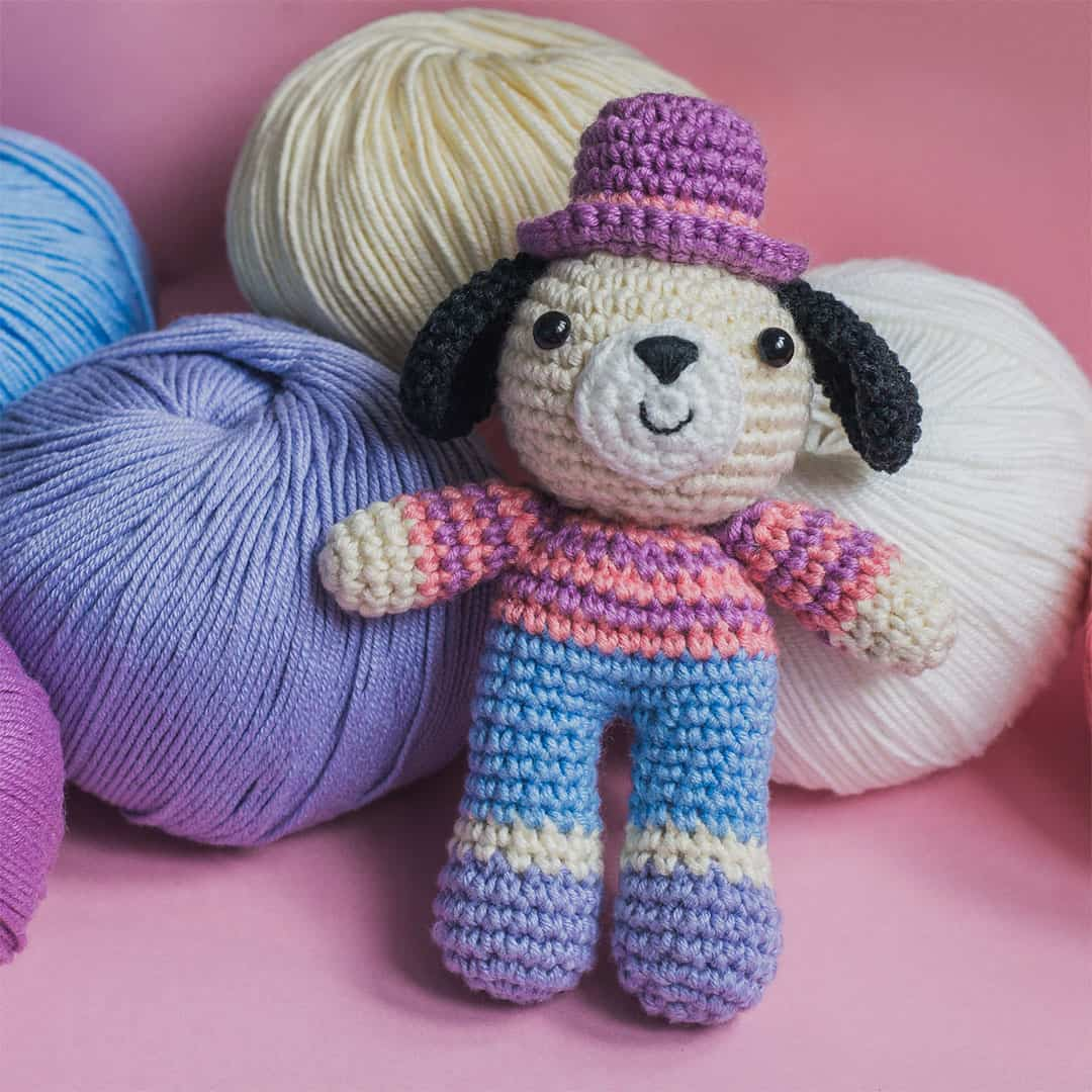 Amigurumi Charlie the Dog - free crochet pattern