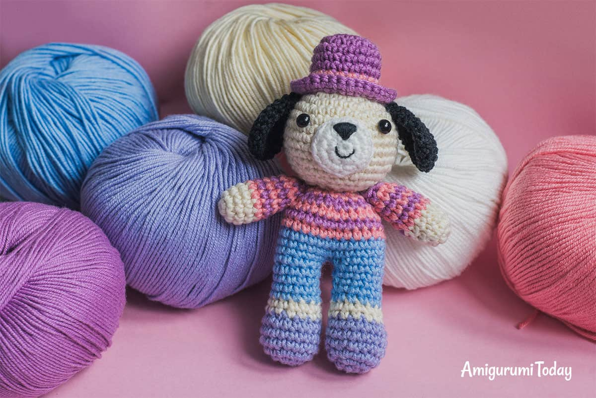 Free Charlie the dog crochet pattern