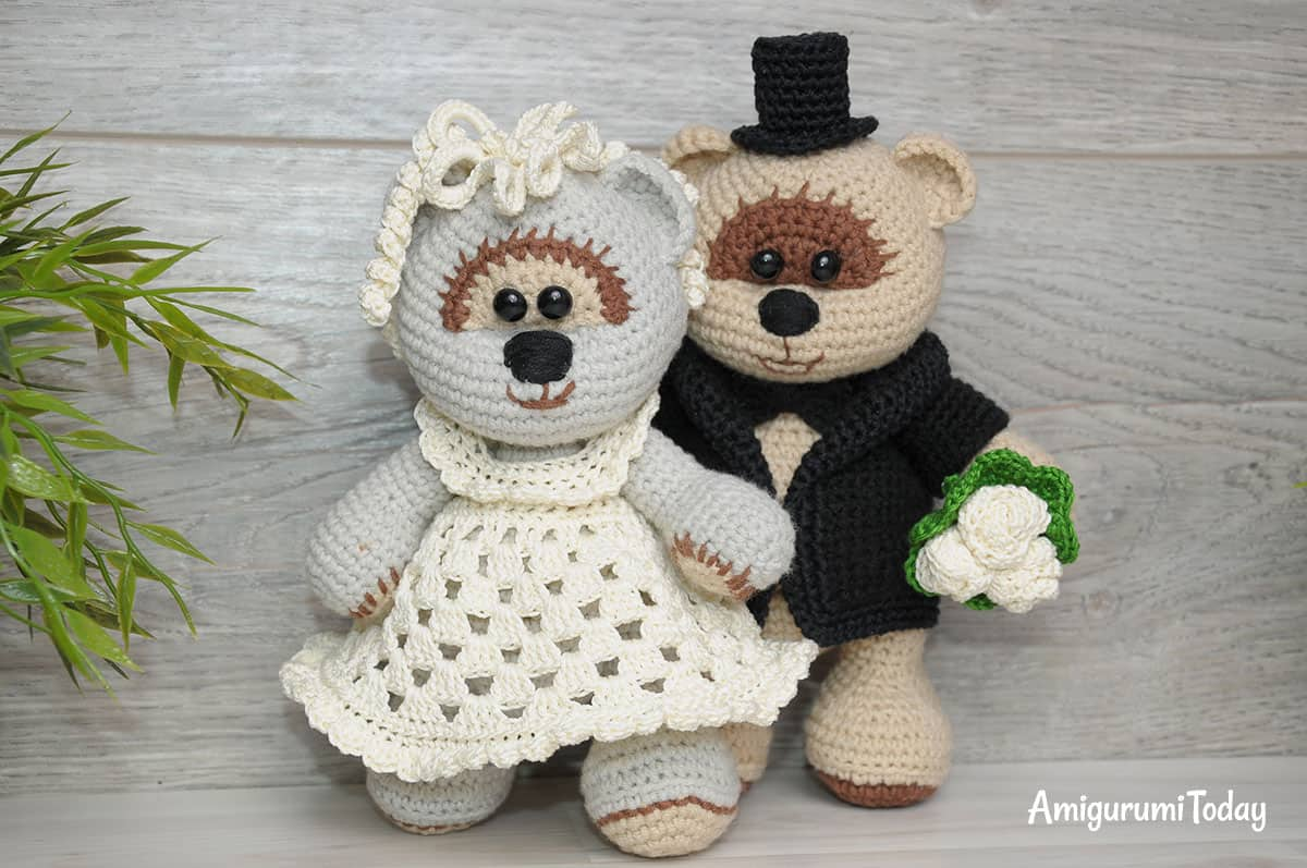 Amigurumi Teddy Bear Free Patterns : Wedding teddy bears free crochet pattern amigurumi today