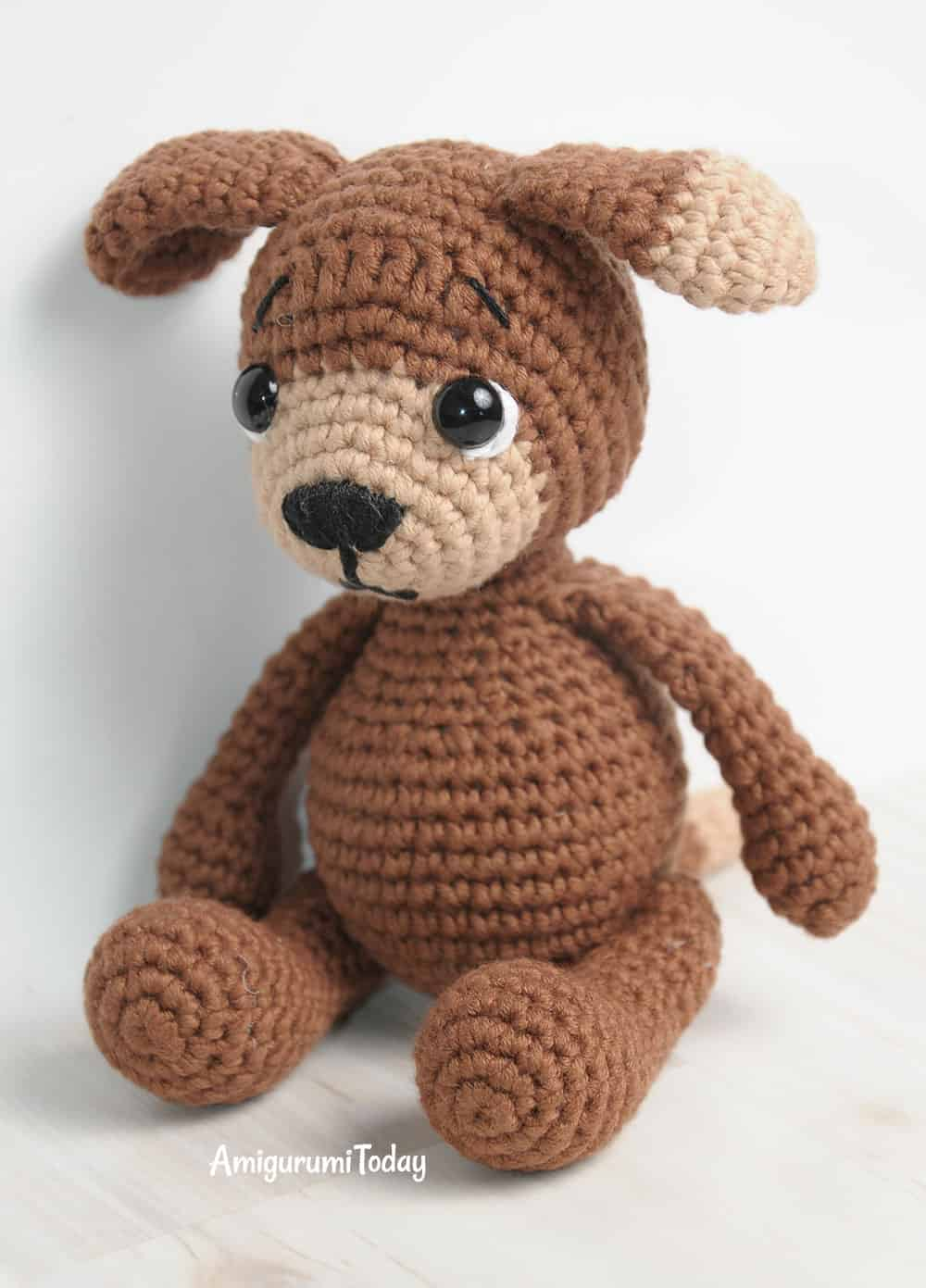 an adorable amigurumi Canis familiaris dressed inwards babe jumpsuit Timmy the Dog amigurumi pattern