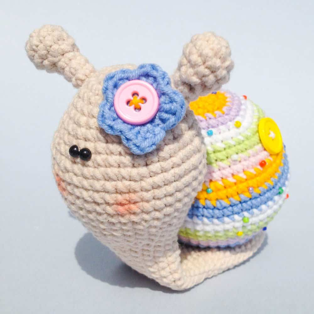 Lady snail amigurumi pattern - Amigurumi Today