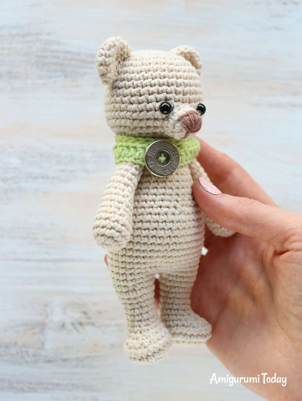Cuddle Me Bear amigurumi pattern - Amigurumi Today