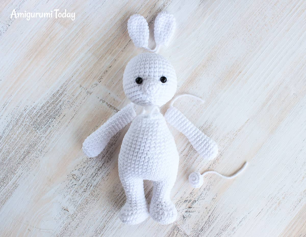 Cuddle Me Bunny amigurumi pattern - assembly