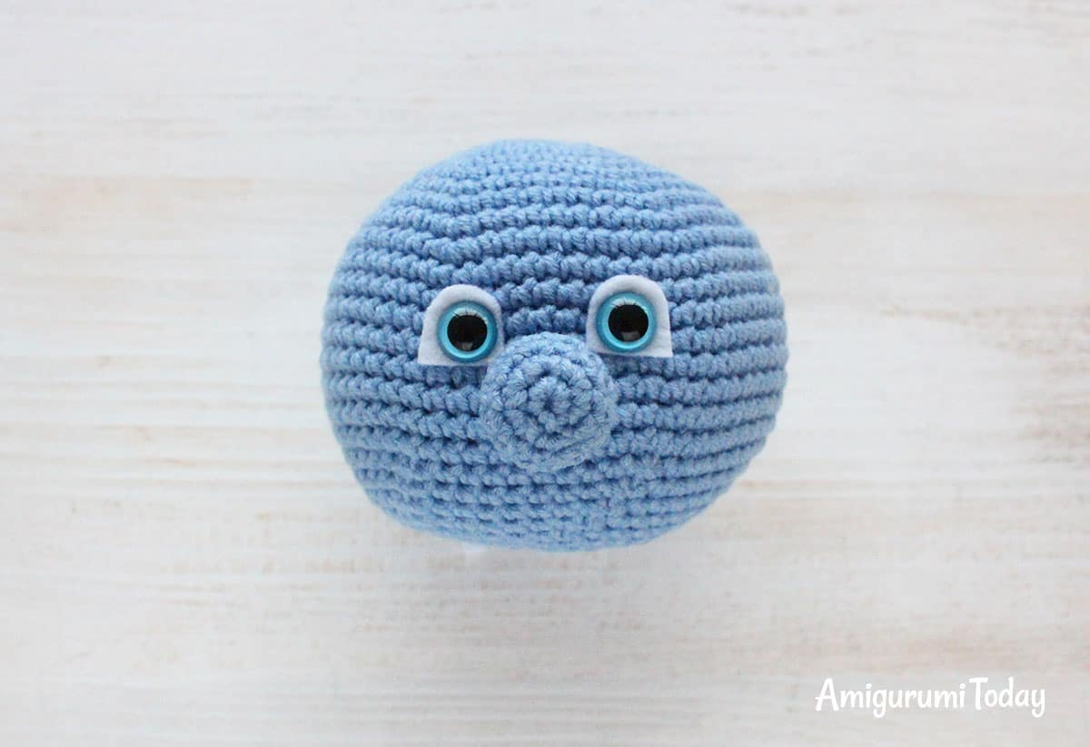 Smurfette crochet pattern - nose