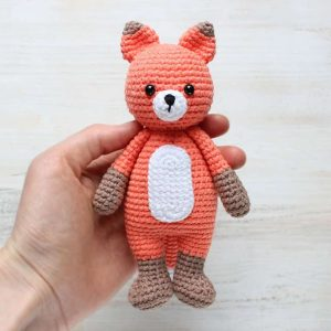 Knit or Crochet 35 of the CUTEST Amigurumi Foxes ever! | amiguru.me | 300x300