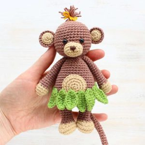Crochet Cuddle Me Monkey - Free amigurumi pattern by Amigurumi Today