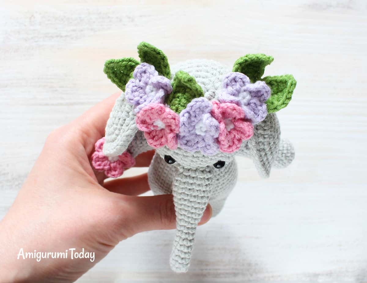 Cuddle Me Elephant Amigurumi Pattern - flower band