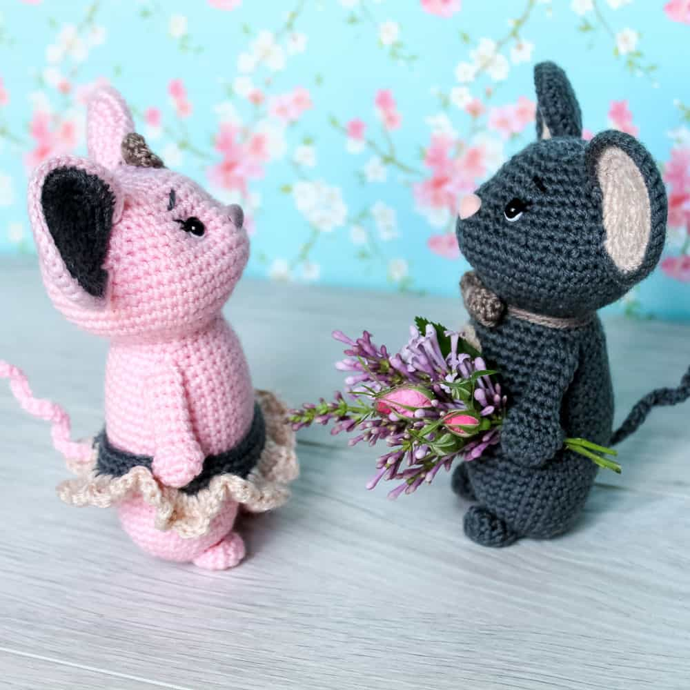 Crochet mouse couple pattern 1