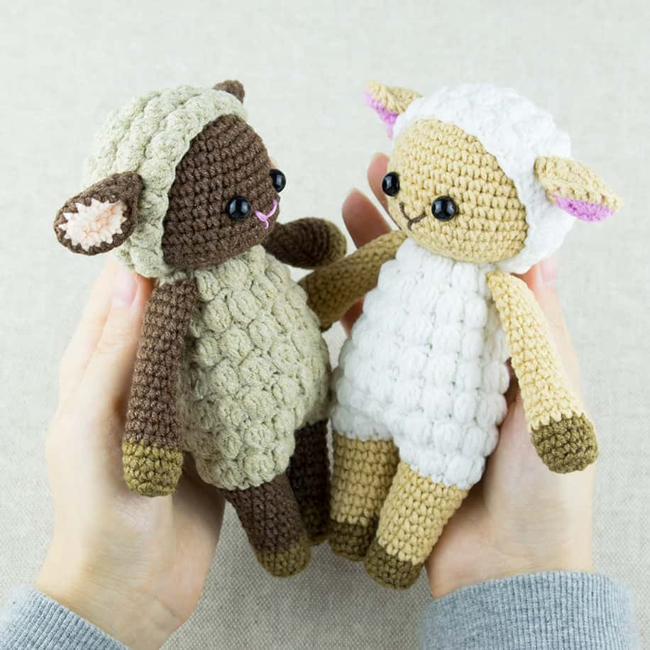 Free Pattern: Baby Lamb Farm Animal – Storyland Amis | 916x916