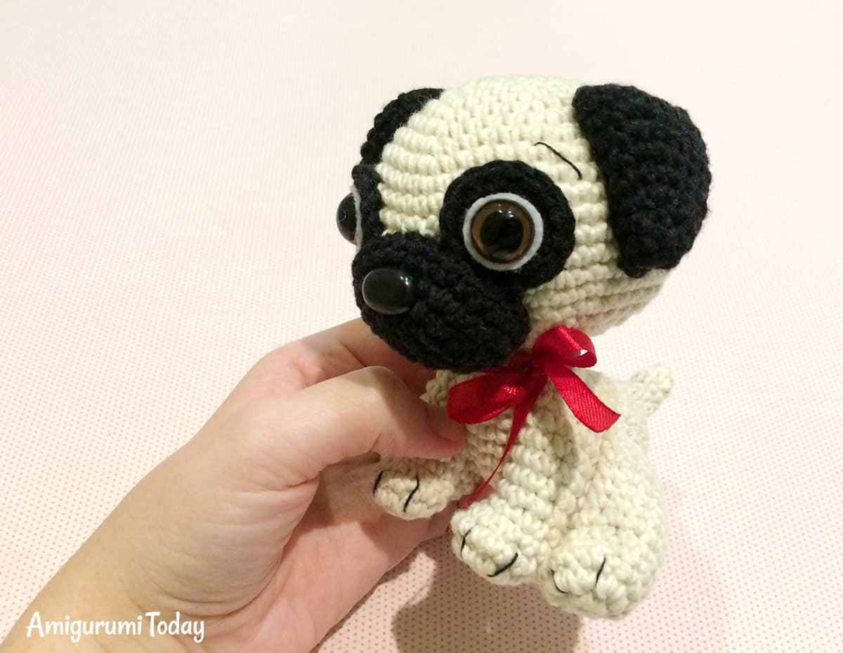 Baby Pug Dog - Free crochet pattern by Amigurumi Today