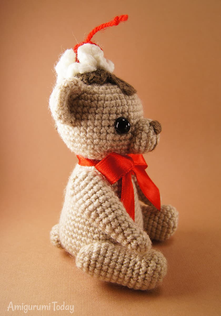 Free Cake Bear amigurumi pattern by Amigurumi Today
