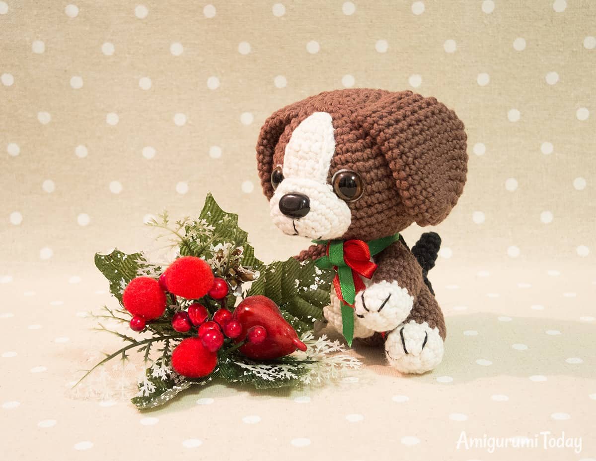 Beagle puppy crochet pattern by Amigurumi Today