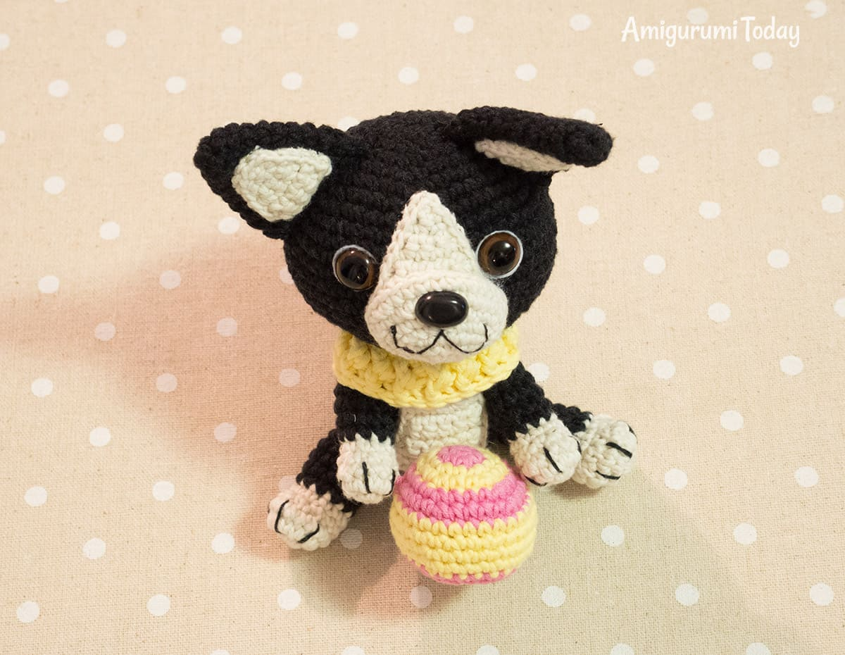 Boston terrier puppy crochet pattern by Amigurumi Today