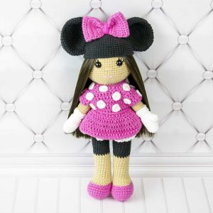 Amigurumi doll in Minnie Mouse costume - Free amigurumi pattern by Amigurumi Today