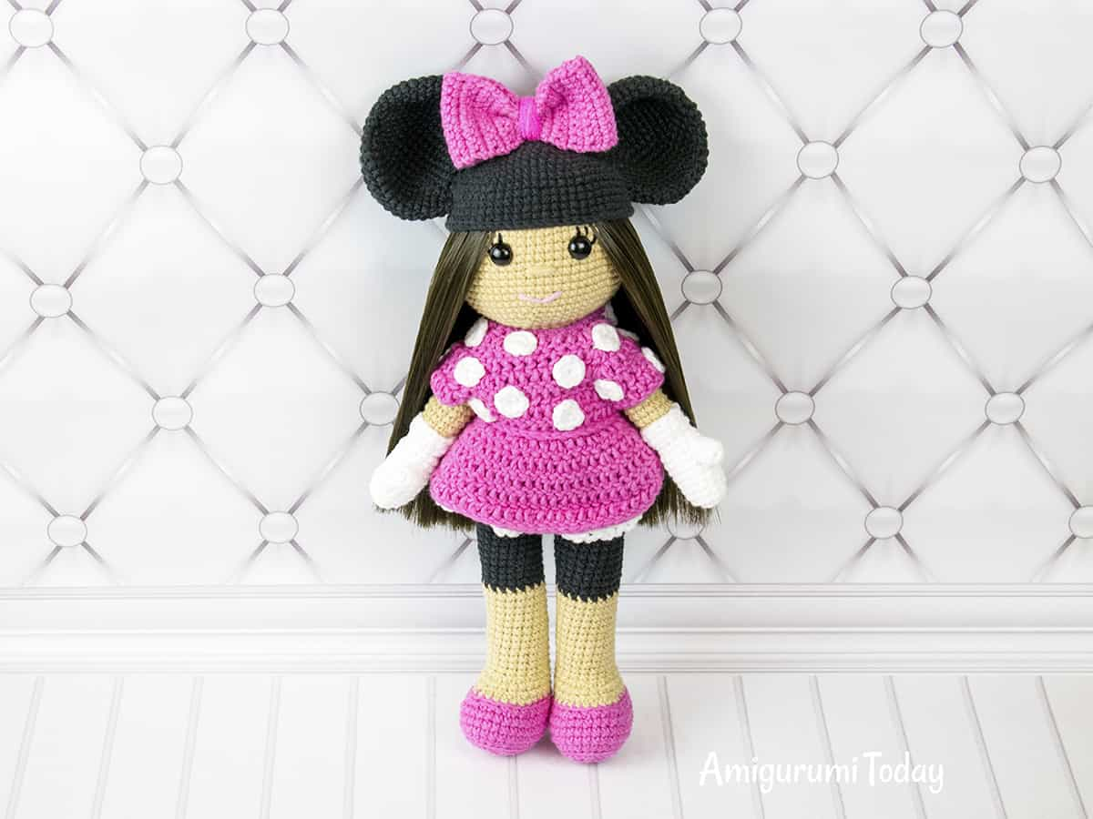 Amigurumi Doll Arms : Crochet doll in minnie mouse costume amigurumi today