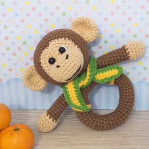 Amigurumi monkey baby rattle - Free crochet pattern designed by Amigurumi Today