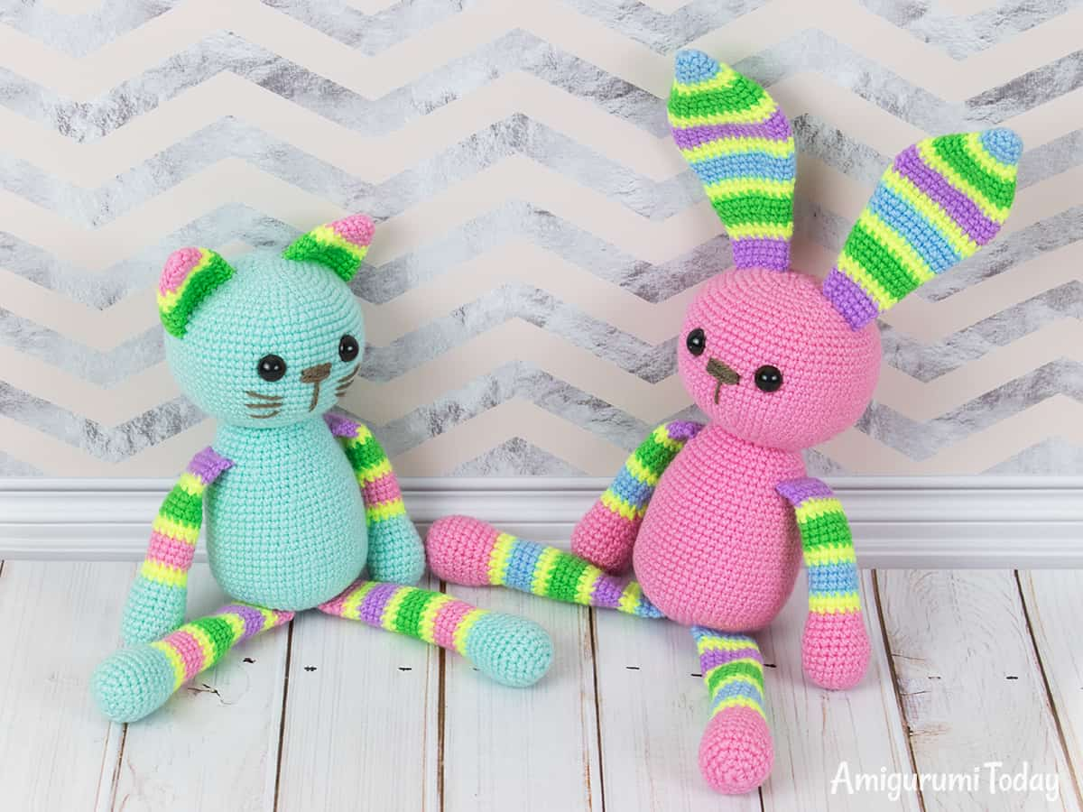 Free stripy cat crochet pattern for beginners