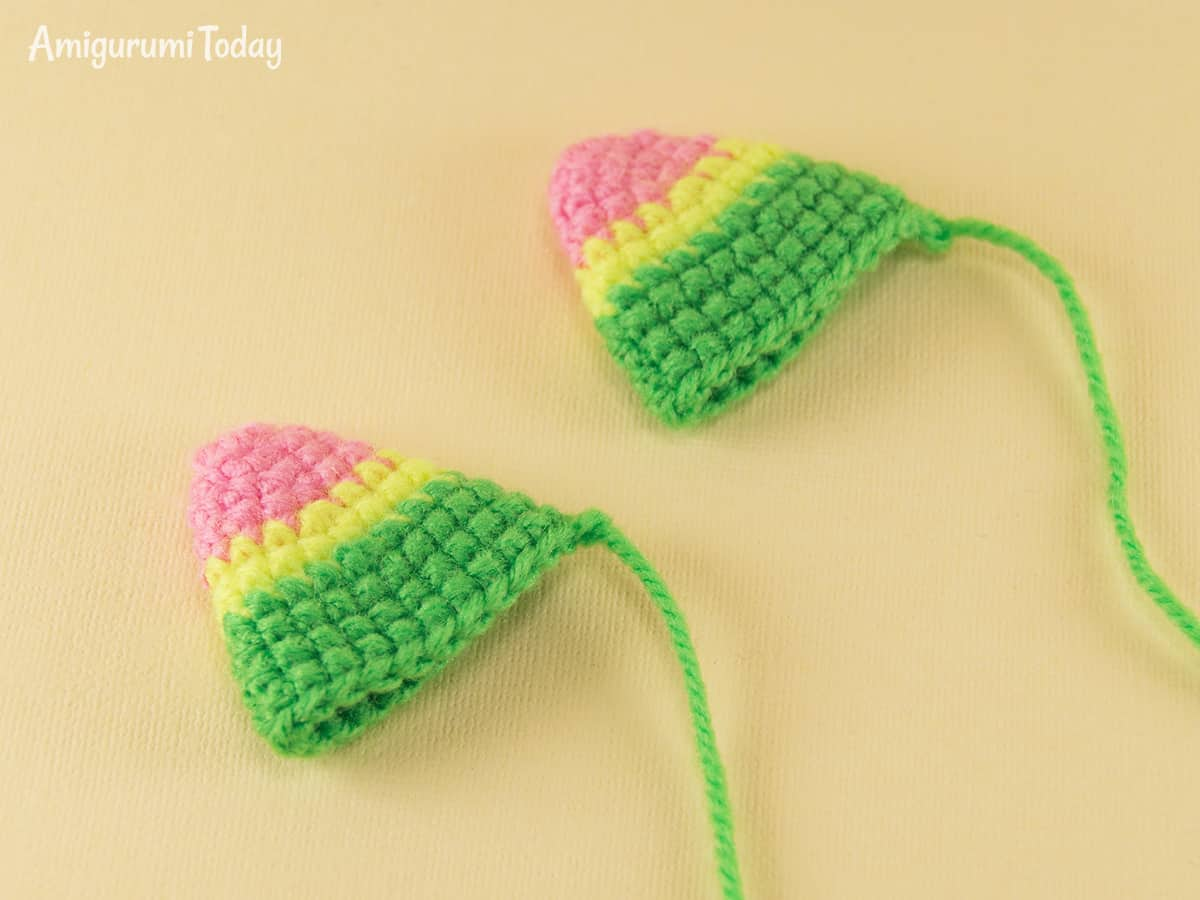 Stripy cat crochet pattern - ears