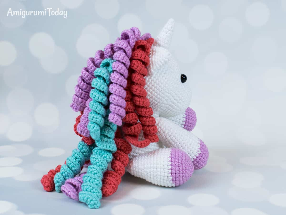 Baby unicorn amigurumi - Crochet pattern designed by Amigurumi Today