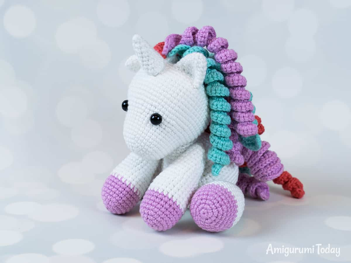 Free baby unicorn amigurumi pattern designed by Amigurumi Today