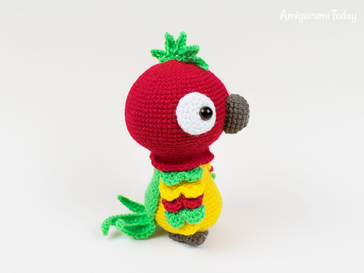 Pedro the Parrot - Free amigurumi pattern by Amigurumi Today