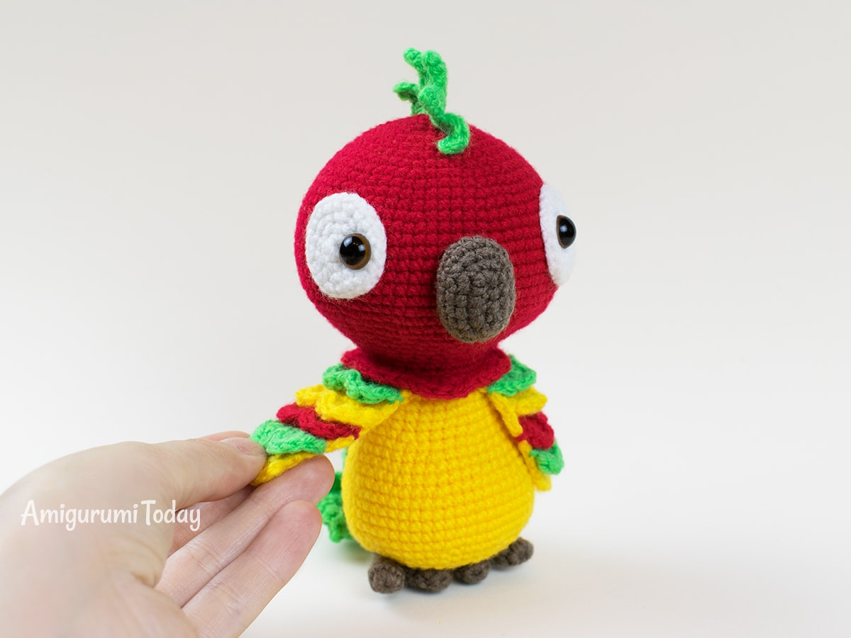 Pedro the Parrot crochet pattern designed by Amigurumi Today