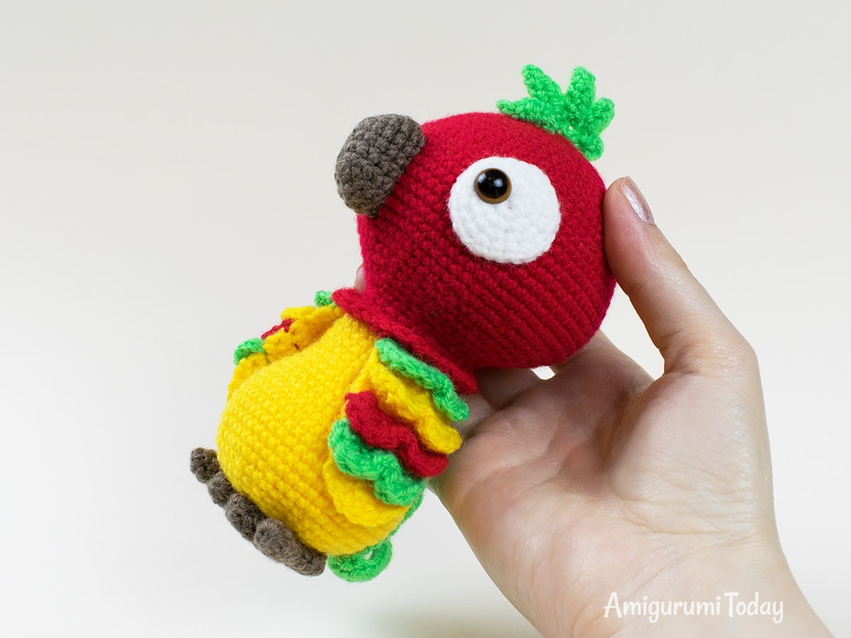 Pedro the Parrot pattern designed by Amigurumi Today