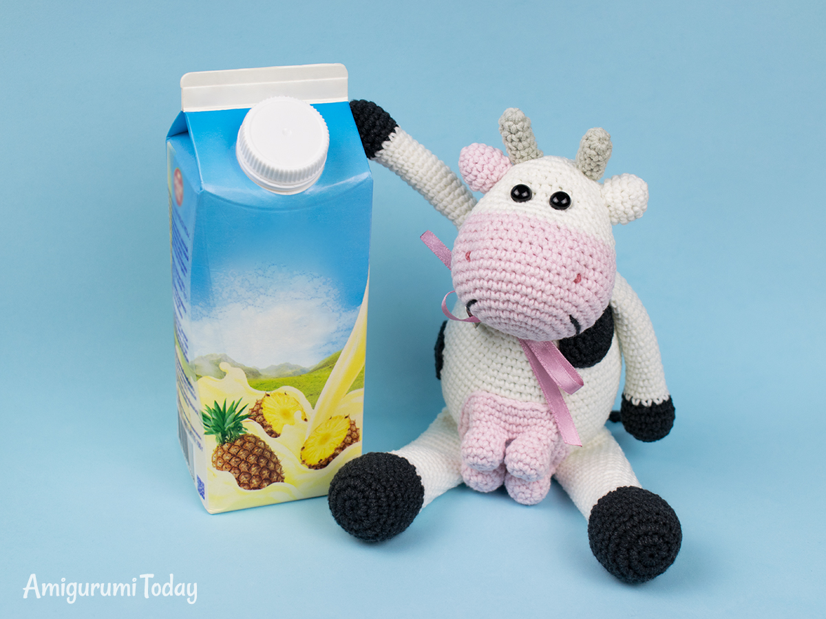 Alpine Cow Amigurumi - Free pattern by Amigurumi Today