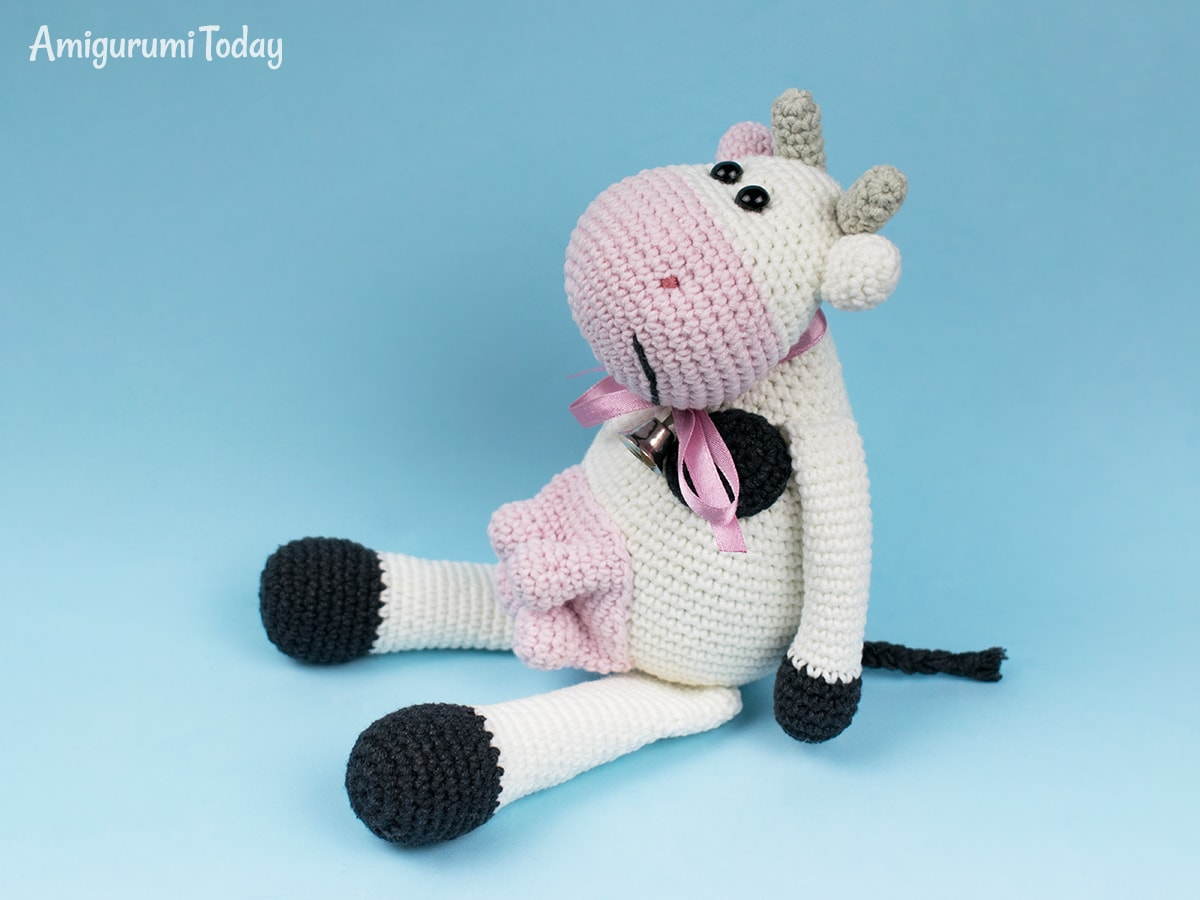 Alpine Cow Amigurumi crochet pattern